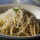 Spaghetti al Limone (Spaghetti with Lemon and Olive Oil)